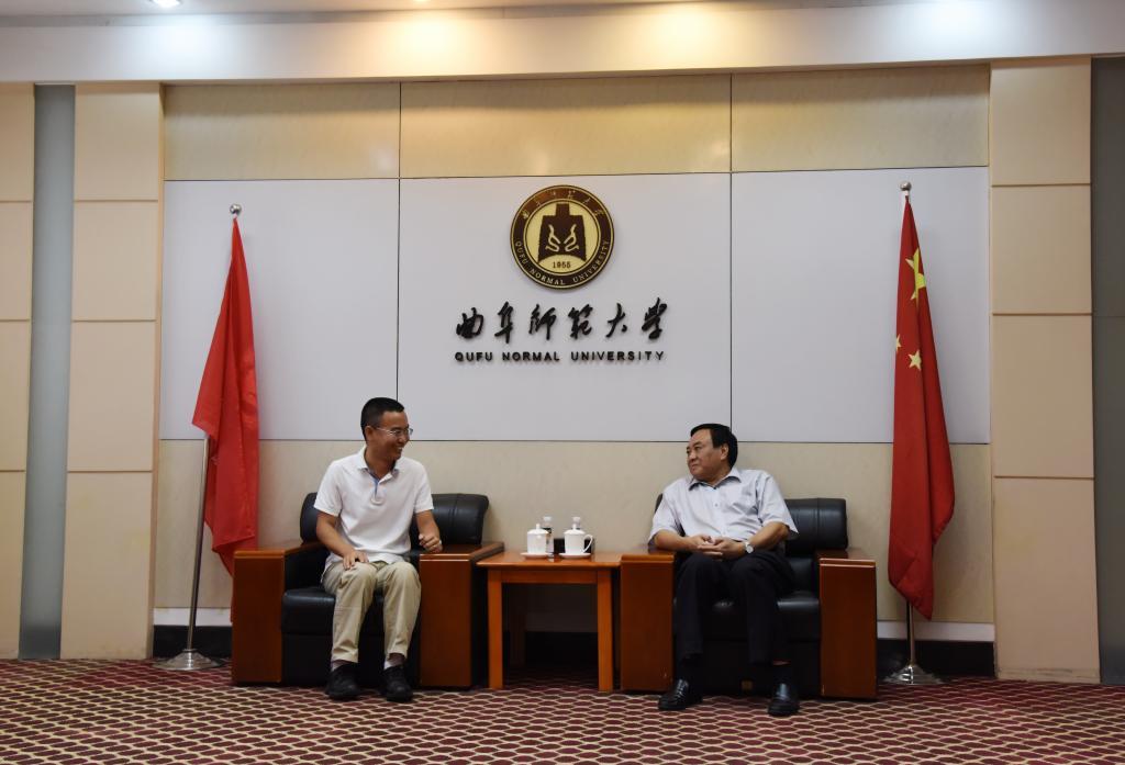 金尊娱乐场领导会见杰出校友、清华大学王一国教授